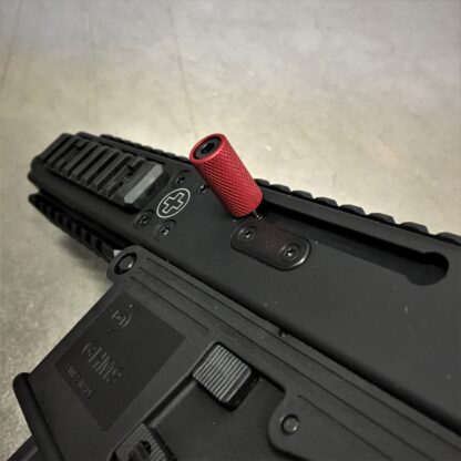B&T GHM9 CHARGING HANDLE, HBI_RED